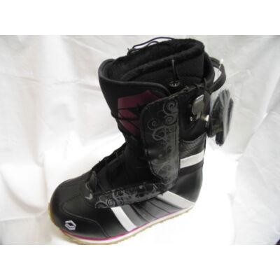 F2 Aura Girl snowboard cipő